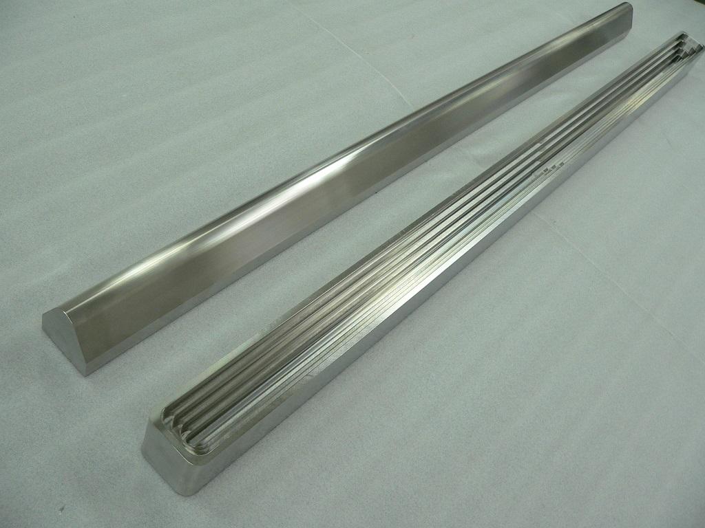 SUS304 ステンレス 長尺部品加工 塗工バー 電池・液晶関連